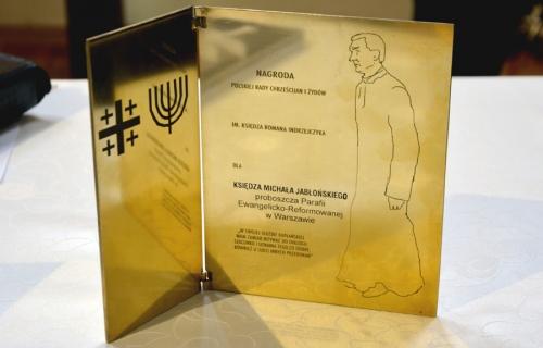 Nabożeństwo 21 stycznia 2018 r. połączone z wręczeniem nagrody ks. M. Jabłońskiemu od Polskiej Rady Chrześcijan i Żydów Nabożeństwo 21 stycznia 2018 r. połączone z wręczeniem nagrody ks. M. Jabłońskiemu od Polskiej Rady Chrześcijan i Żydów-2