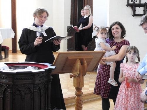 Nabożeństwo z chrztem 23 czerwca 2019 r. Prowadzą ks. Julia Meason i Marta Borkowska-7