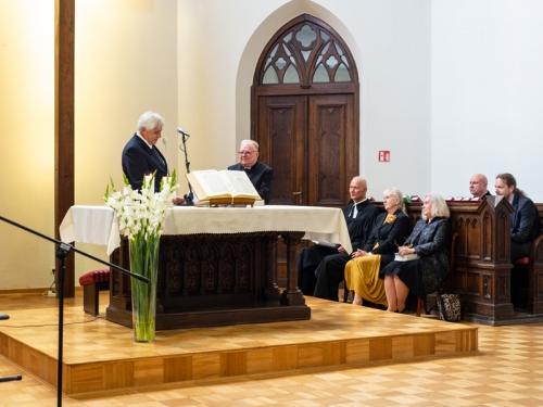 Wprowadzenie w służbę kaznodziei świeckiego W. Scholla-12