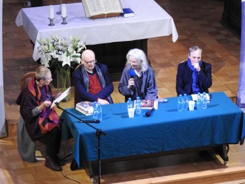 Buddyzm a chrześcijaństwo - spotkanie z M. Gretkowską, S. Obirkiem i A. Szostkiewiczem - 22-11-2019-3