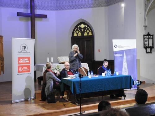 Buddyzm a chrześcijaństwo - spotkanie z M. Gretkowską, S. Obirkiem i A. Szostkiewiczem - 22-11-2019-7